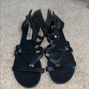 Steve Madden sandals 7.5 (run small)